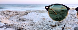 Ray-Ban-Sonnenbrille mit Meerblick